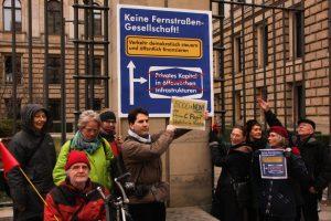 Keine Fernstraßengesellschaft - kein privates Kapital in öffentlichen Infrastrukturen, Fotograf: Dr. Bernhard Knierim, CC BY-NC-SA 4.0