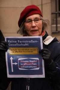 Keine Fernstraßengesellschaft! Fotograf: Dr. Bernhard Knierim, CC BY-NC-SA 4.0