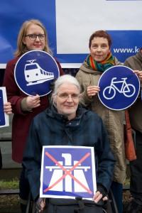 Berlin, 18.02.2016: Lisa Paus , Bündnis 90, Die Grünen (rechts), Sabine Leidig, Die Linke, Karl-Heinz Ludewig, Die Linke © Rolf Zoellner.