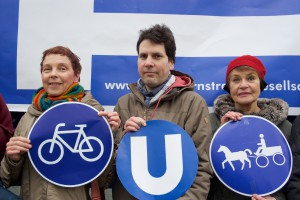 Berlin, 18.02.2016: Sabine Leidig, Die Linke (links), Carl Waßmuth (GiB), Mitte, Uschka Thierfelder © Rolf Zoellner.